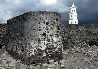 Places to See & Must have Experiences at Comoros: The Volcanic Archipelago