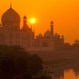 15 hour trip to Taj mahal & other mughal highlights from delhi