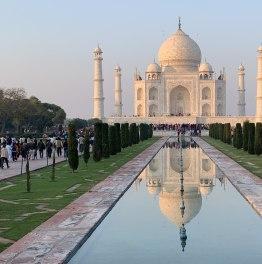 Master the Background of Wonderful Monuments