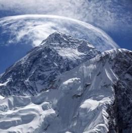 Come for mighty Himalaya views on the EBC Trek!