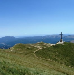 From the King's Castle to the Queen's Hart – a Hiking Tour in Carpathians