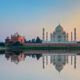 See The Magnificent Taj & Other Mughal monuments