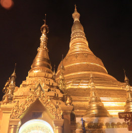 Lay eyes on divine pagodas and temples