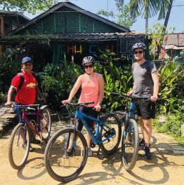 6-Hour Yangon Tour On A Bike