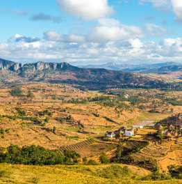 Take a Round Trip of Madagascar