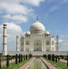 Behold the Sunrise View of Taj