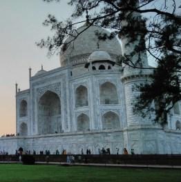 Do a Same Day Taj Mahal Tour from the Capital