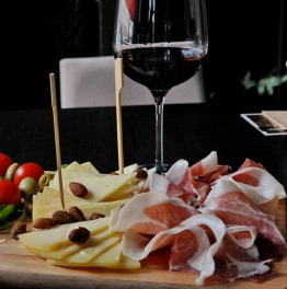Enjoy a Croatian meal with a local