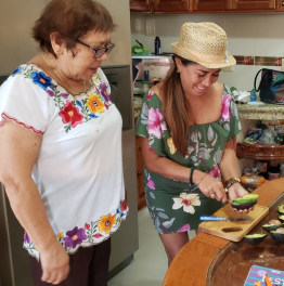 Traditional Family Kitchen & Local Market 4-Hour Tour in Cozumel