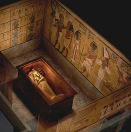 Discover King Tut's Tomb