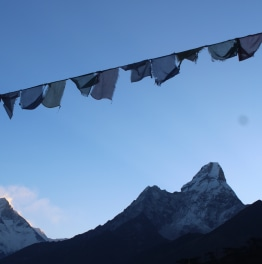 Take trek to Everest view