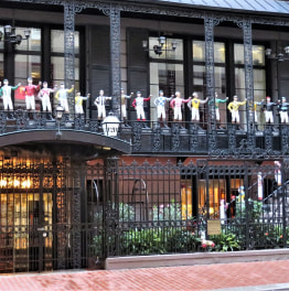 3-Hour Prohibition Pub & History Walks in Midtown Manhattan