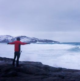 Full-Day Arctic Ocean Tour to Teriberka Village from Murmansk