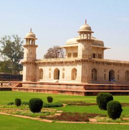 Full-Day Taj Mahal, Itimad-ud-Daula & Agra Fort Tour from Delhi