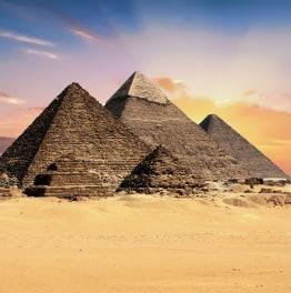 8-Hour Giza Pyramids, Egyptian Museum & Khan El Khalili Tour