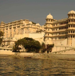 Complete the Golden Triangle of Royal Indian Cities