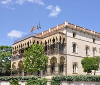 Barcelona, casa de les altures, obra d'Enric Figueres