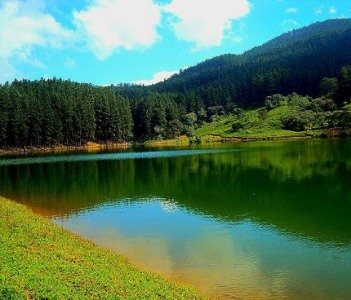 Sembuwatta Lake