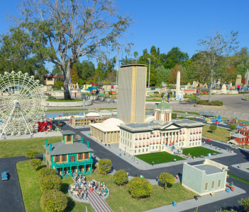 Miniland USA is replete with inspiring reproductions, made with 20 million LEGO pieces cities from all around the world, at Legoland, Carlsbad, CA.