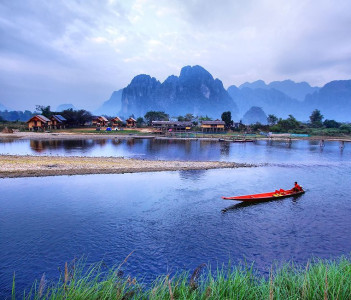 local boat rides on Nam Song River