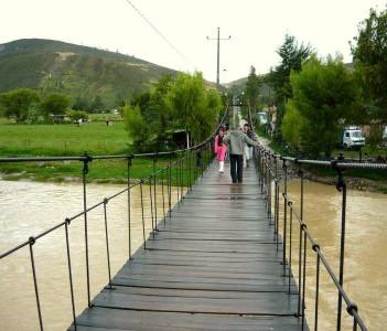Puente colgante de Otuzco