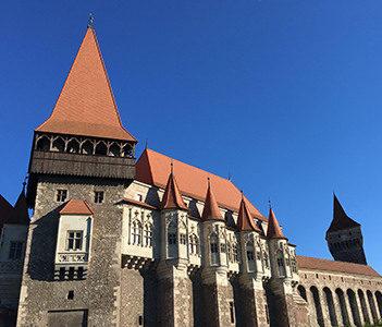Corvin Castle - Tours in Brasov