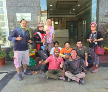 Holi Tour To Indonesian Group