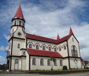 Parroquia Sagrado Corazón de Puerto Varas