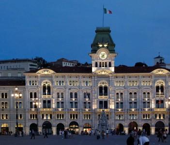 Trieste, Piazza Unità d'Italia, Municipio
