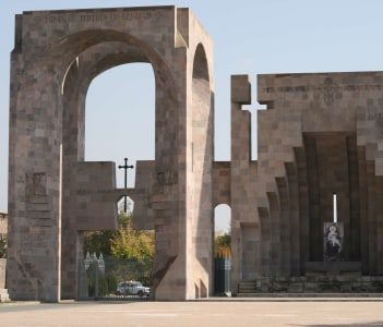 Echmiadzin, Memorial, Armenia