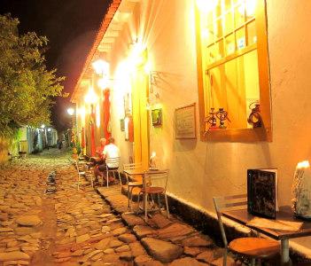 Street Side Cafe