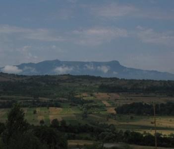 Gutai Mountains