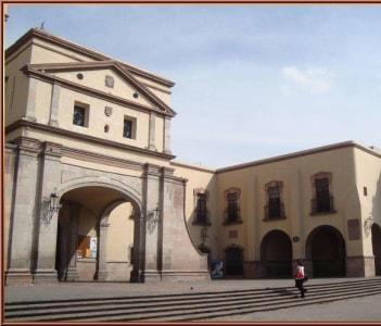 Templo y Convento Franciscano La Santa Cruz