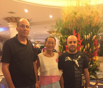Meet customers in The hotel