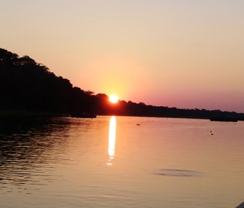 sunset in the yarapa river