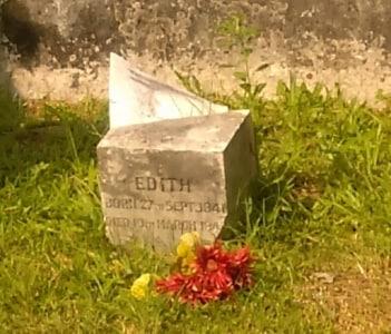 "Detail of Broken Headstone; ""EDITH"" was died in her childhood.  Lafayette Cemetery #1"
