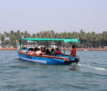 Dolphin Safari Tour Booking, Goa