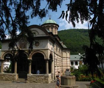 Cozia church