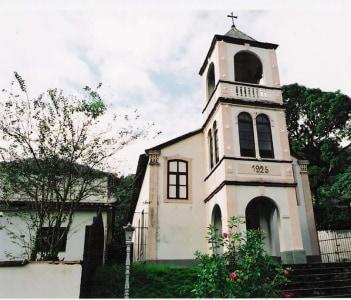 Igreja no distrito de Macaé