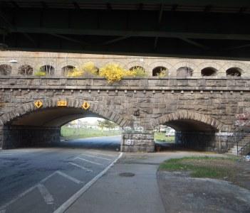 Oraton Parkway Bridge