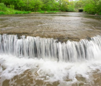 Prairie Creek Falls in the Des Plaines Conservation Area of Illinois