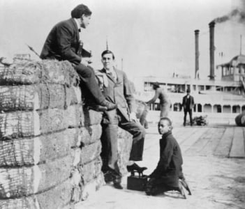 Harry Houdini on the New Orleans Levee