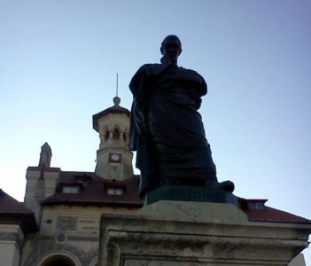 The statue of Ovid in Ovid Square