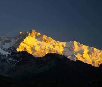 Sunrise on Kangchenjunga