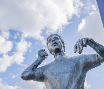 Bronze statue of Goran Karlsson in Ullared Sweden