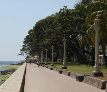 Rizal Boulevard Promenade
