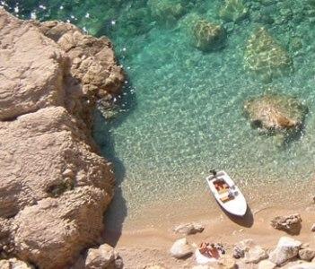 Explore hiden beachs
