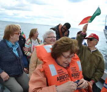 Boat tour along the coast of Algarve