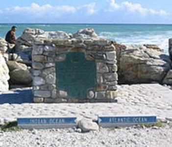 Cape Agulhas 2 oceans