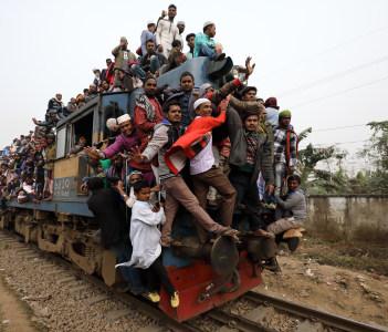 Unidentified Muslim pilgrims return from Bishwa Ijtema in Bangladesh